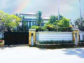 Rumah Keluarga Luas SHM Megah Mewah Lokasi Istimewa + Full Furnished