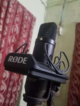 Rode NT1 Black Edition Urgent Sell