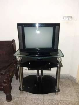 Old used TV of 21 inch