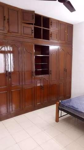 3bhk semifurnished Villa at dona Paula for rent