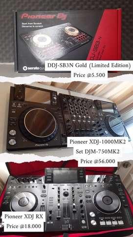 Alat DJ & perlengkapan