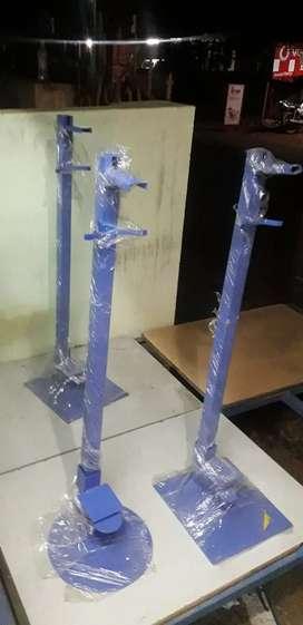 Sanitizing stand