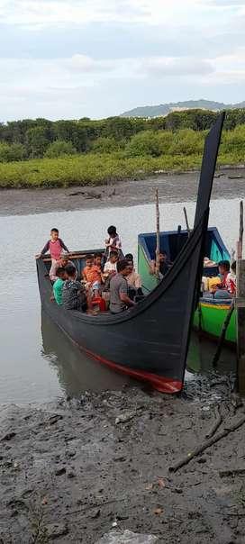 Perahu mesin nelayan