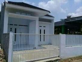 Rumah Pak Haji dalam kampung Tanah Luas Harga Murah