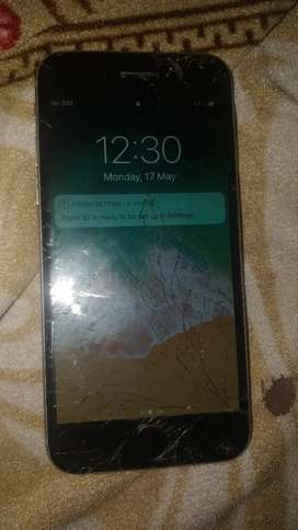 iPhone 6 16 GB Glass broken touch totally working