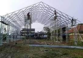Nerimah pemasangan konstruksi baja ringan SLB 3247