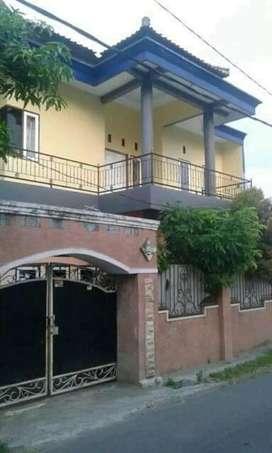 Jual rumah pribadi lantai dua