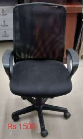 USED CHAIRS STARTING AT RS 1500, DELIVERY OPTION AVAILABLE