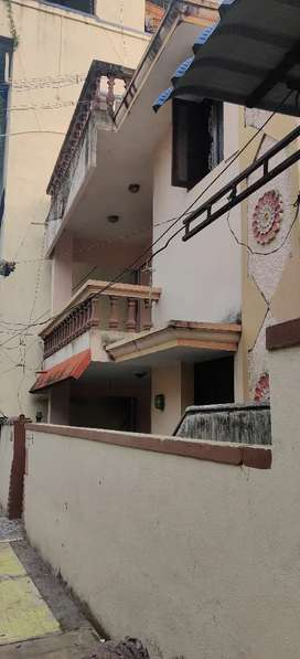 2bhk1bhk+dininig hall avlbl rent& lease we okay with tution center,ofc