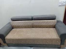 1 3 seater Sofa and double bed for sale in vaishali