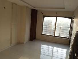 Beautiful unfurnished 1 bed apprtmnt for rent in Bahria town phase 4