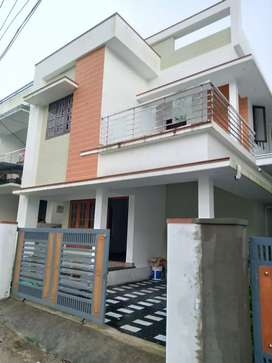 3 bhk 1500 sqft new build house at kalamassery near kombara