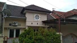 Disewakan/Dikontrakan (SIDOARJO) Rumah Tinggal Lengkap dengan AC