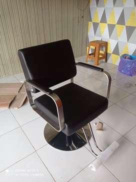 Kursi barbershop atau kursi salon terlaris termurah promo