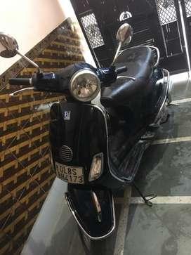 vespa - blue - 2013 model - first owner - single