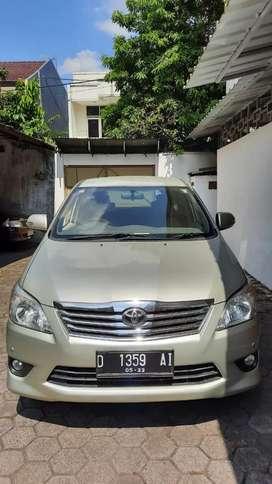 Toyota Kijang Innova V at 2012 / 2013 Bensin Istimewa Low KM Rendah