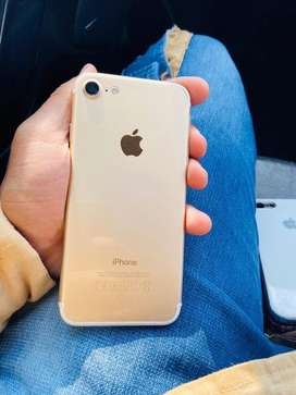 Iphone 7 256 gb golden mint condition