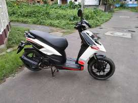 7th month used Aprilia SR150 condition instant sell exchange possible