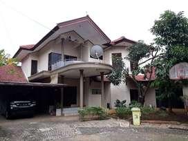 Rumah 2 Lantai Harga BU 440 m2 Pelangi Bintaro, Ciputat, Tangerang