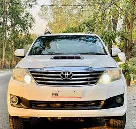 Toyota Fortuner 2011-2016 4x4 MT, 2012, Diesel