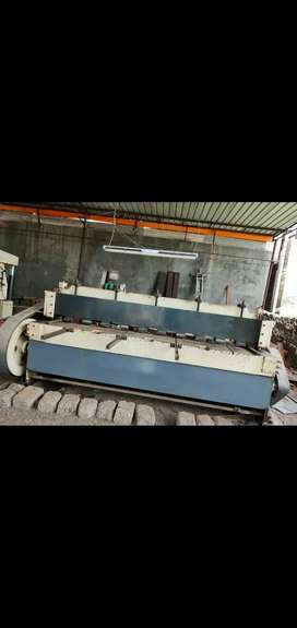 Manual cutting machine 3,50000 Rs.