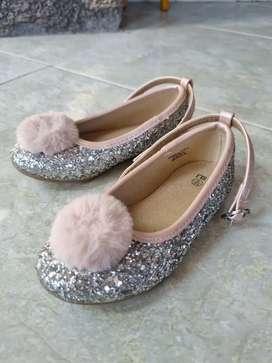 Sepatu pesta anak perempuan / MOTHERCARE
