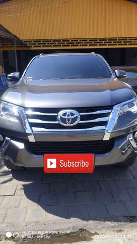 Toyota fortuner tipe G diesel  Th2017 matic plat dk