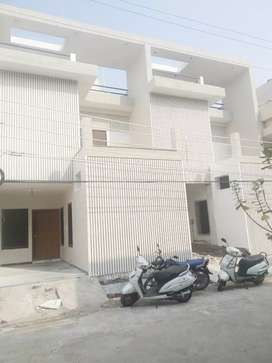 4 BHK LUXURIOUS BANGLO