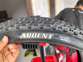 Ban maxxis ardent