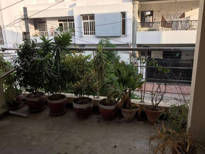 400 SQUARE YARDS PORTION FOR SALE GULSHAN-E-IQBAL BLOCK 5 0