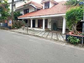 4000 sqft house for office near Kaloor stadium posh area