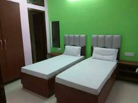 Fully furnished AC rooms available in Noida 15. No Brokrage.
