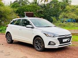 Hyundai I20 Asta 1.4 Automatic with AVN, 2018, Petrol