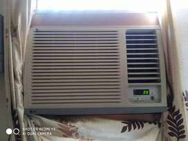 LG Ac in good condition