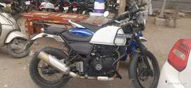 Royal Enfield Himalayan white in Mint condition