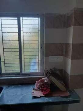 New Flat Rent In Keahtapur Barayari tala , Near bazar 365