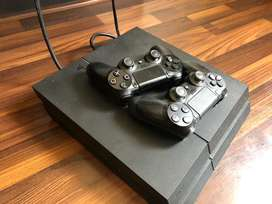 Playstation 4 with 100% condition