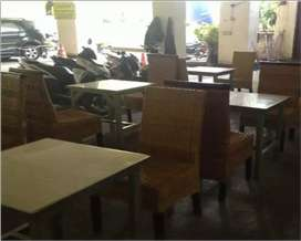 LOWONGAN KERJA CAFÉ HOTEL