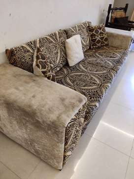 5 seater sofa set along with central table and 2 side tables