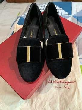 Sepatu wanita Salvatore Ferragamo 100% original