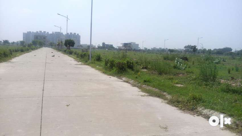 200 sqy plot in omaxe city sonipat prime location near presidium schol 0