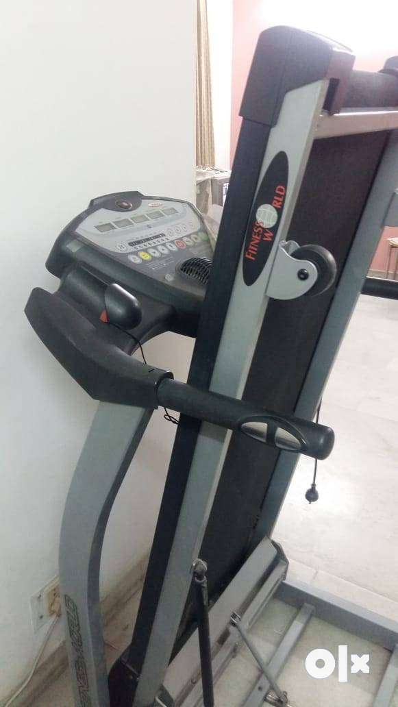 Fitness World Tread Mill 0