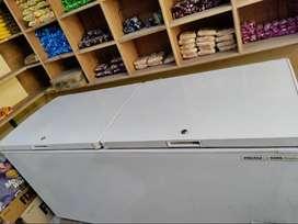 Voltas 500 Double Door Deep Freezer