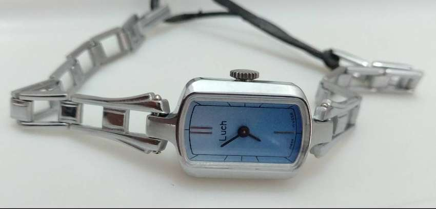 LUCH RUSSIAN LADIES ANTIMAGNETIC WATCH