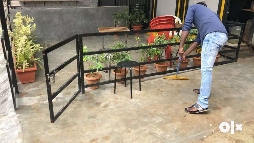 Running outlet steel structure For sale/lease 0