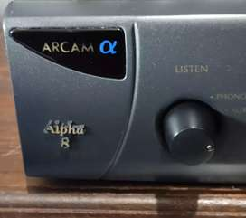 """Arcam """"Alpha 8"""" Stereo Integrated Amplifier (Made in U.K)"""