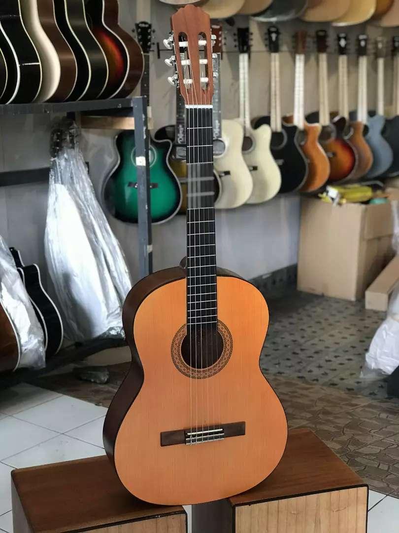 Gitar akustik clasic tanam besi 0