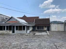 SEWA Rumah + Gudang Strategis Pusat Kota Magelang
