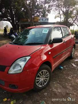 Maruti Suzuki Swift 2006 CNG + Petrol Red Colour
