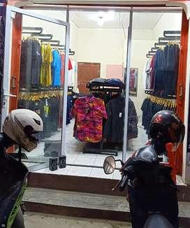 Oper kontrak kios / toko / ruko Dempel Kidul No 31 Tlogosari Semarang